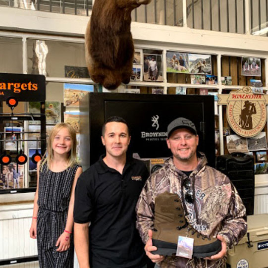 Kittles Outdoor Hunting Fishing Sporting Goods Store Colusa CA